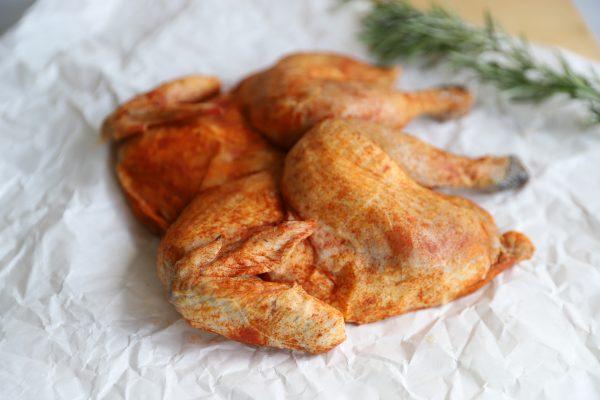 kip gevlinderd gekruid