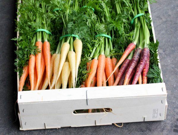 Mini worteltjes uit eigen tuin