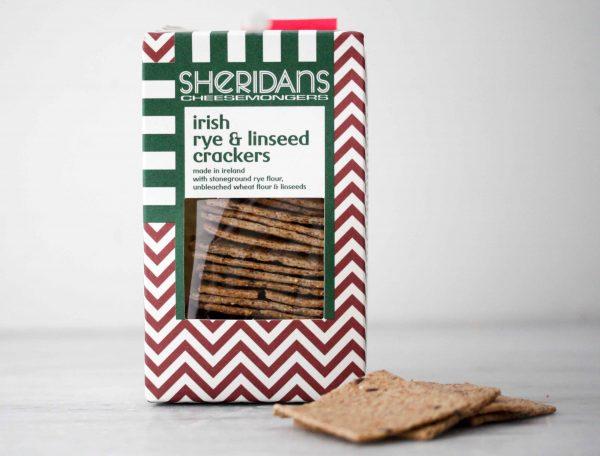 Rogge en lijnzaad crackers